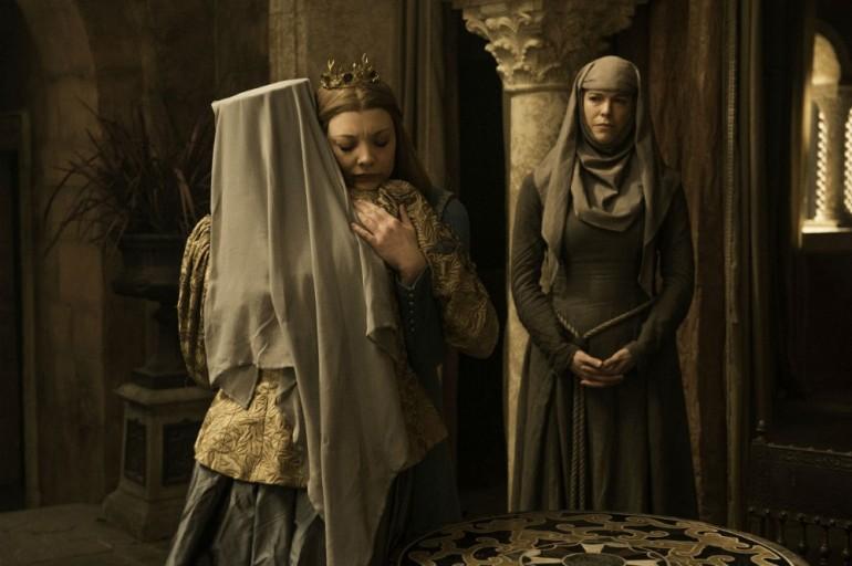 Diana-Rigg-Olenna-Tyrell-Natalie-Dormer-Margaery-Tyrell-Hannah-Waddingham-Septa-Unella-Game-of-Thrones-Season-6
